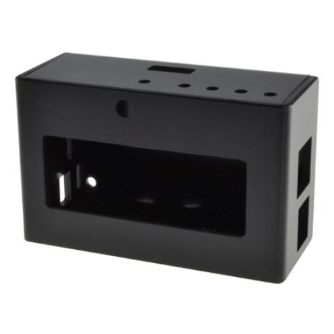 קופסת זיווד שחורה עבור RASPBERRY PI + PIFACE DISPLAY CAMDENBOSS