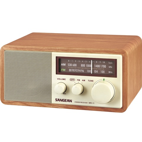 SANGEAN FM / AM WOODEN CABINET RECEIVER - WR-11