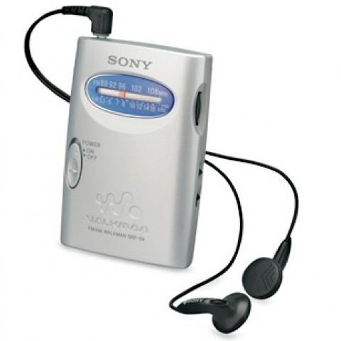 SONY AM/FM RADIO WALKMAN